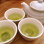 新茶の季節です。夏は水だし緑茶でカフェインオフ。家族で楽しむおいしい日本茶の飲み方いろいろ。